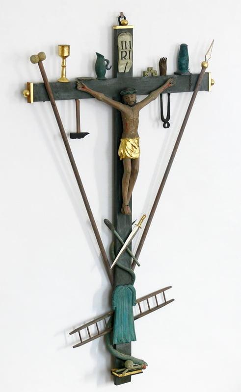 Bremenried_St_Wendelin_Arma-Christi-Kruzifix.jpg